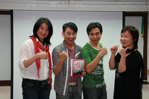 你拍攝的 20090319益讀俱樂部_鄭匡宇就是愛被罵138.jpg。