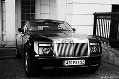Rolls-Royce Phantom Coupe (Jeroenolthof.nl) Tags: park uk england bw white black color london beautiful car modern corner photography grey lights hotel is amazing nice movement jeroen nikon view place shot britain united rear great d70s kingdom rollsroyce automotive explore hyde londres gb if paparazzi rolls lovely nikkor phantom zwart wit londra coupe exclusive royce vr 56 engeland londen zw grosvenor f35 lanesborough automotion 1685 olthof wwwjeroenolthofnl jeroenolthofnl jeroenolthof