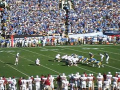Video / Ucla Bruins vs. Stanford Cardinal / Pac 10 /  () Tags: california ca school college beer movie la losangeles football video university live cerveza quarterback socal ucla stanford qb bier bruins cerveja bud rosebowl pasadena noise yelling northcentral budweiser videoclip crowds lager movingpicture kalifornien kicker cityofangels fieldgoal collegefootball lagerbeer footballstadium stanforduniversity budweis cervejaria coldone anheuserbusch 50yardline uclabruins livevideo pac10 flickrvideo uclafootball stanfordvsucla  amateurvideo eskbudjovice stanfordcardinals   ucal californi pointafter stanfordcardinal fiftyyardline uclavsstanford ftbolamericano zagory   amaturevideo hdmovie 10182008  uclawins aaronzagory ameturevideo