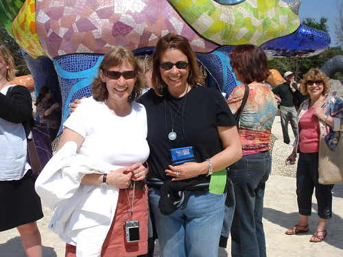 Lynn & Susan