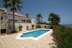 Outdoor swimming pool    (alegriaproperties) Tags: costa sol beach del near front line villa estepona