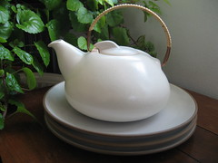 Heath Teapot and Plates (krakencrafts) Tags: white heath teapot plates birch sausalito coupe californiapottery