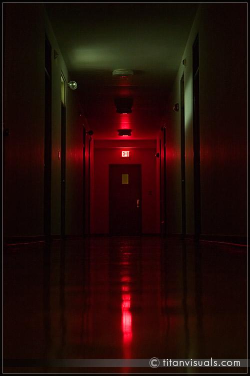 titanvis_9962_hallway