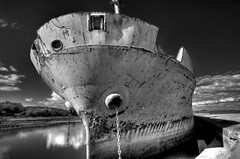 Matrisha (cosmo_71) Tags: ireland abandoned boat nikon ship tokina1224 irland shannon wreck hdr d90 nikond90club kildysart
