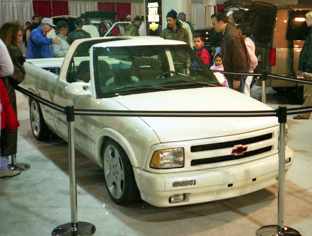 truck pickup chevy 1995 carshow s10 customcar marylandstatefairgrounds motortrendinternationalautoshow luthervilletimoniummd