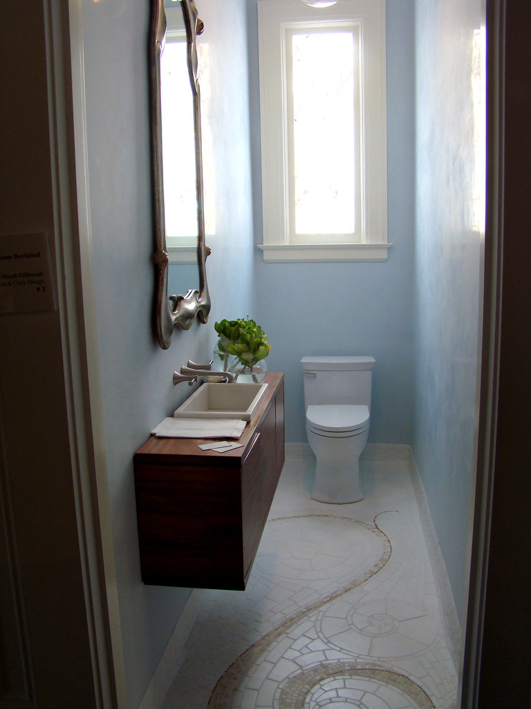 DSC05739 SF Decorator Showcase light blue powder room