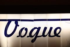 2009-06-260321 (ninniane) Tags: light chicago sign datenight
