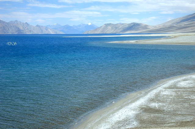 Pangong tso lake (3 Idiots Location)