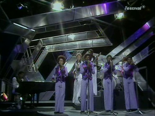 Top of the Pops (25 December 1974) [TVRip (XviD)] preview 4