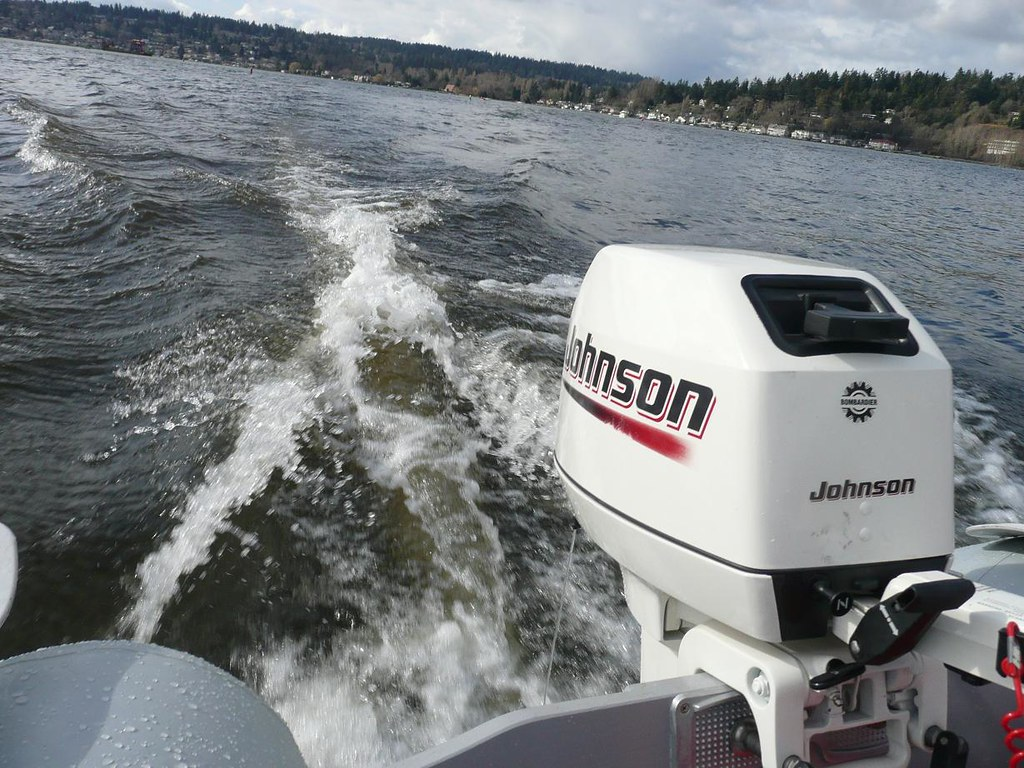 The world 39 s best photos of 2 and outboard flickr hive mind for Best 8 hp outboard motor