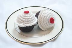 Pair of cupcakes 2