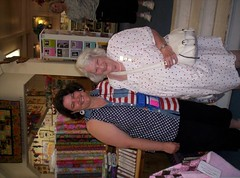 June Shop Hop 2008 (carpinteriaquilts) Tags: sewing fabric quilting carpinteria treasurehunt quilters yarnshop