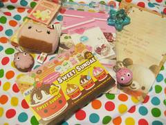 Swap received from in.places (KawaiiFrenzy) Tags: cute cupcake donut plushie mypapercrane keychains letterset yummybreakfast bestswapever kawaiioverload qliasweetsundaememopad