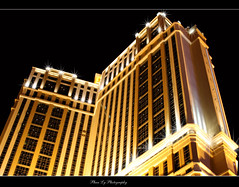 Las Vegas Nevada (EXPLORE) (熊.陈美芬.Phan Ly Photography.On/Off) Tags: las vegas oklahoma photography freedom hotel photo dallas downtown texas nevada casino explore page 100views bellagio tulsa ballys favs soe excellence naturesfinest canon30d supershot top20colorpix golddragon platinumphoto anawesomeshot impressedbeauty citrit theunforgettablepictures overtheexcellence macrolife goldstaraward natureselegantshots goldenheartaward vosplusbellesphotos