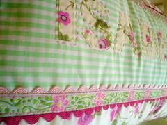 Rosas para a Isabella (Casa al mare) Tags: baby pillow beb cushion almofada almofadacomnome casaalmare parabeb