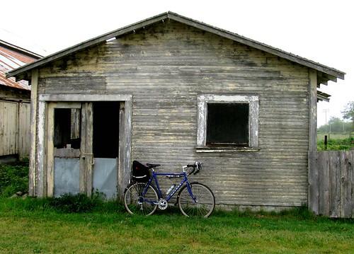 bikeandoldbuilding