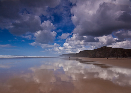 Clouds build up over Sandymouth Beach