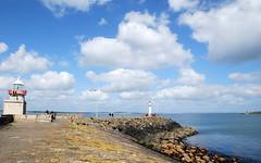 (suhi27) Tags: ireland landscape irishsea supershot howthlighthouse cloudsonthebluesky