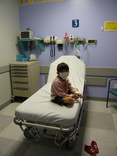 急診室裡的勇敢花妮