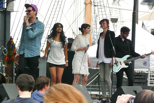 06.17 the Teenagers @ South Street Seaport (9)