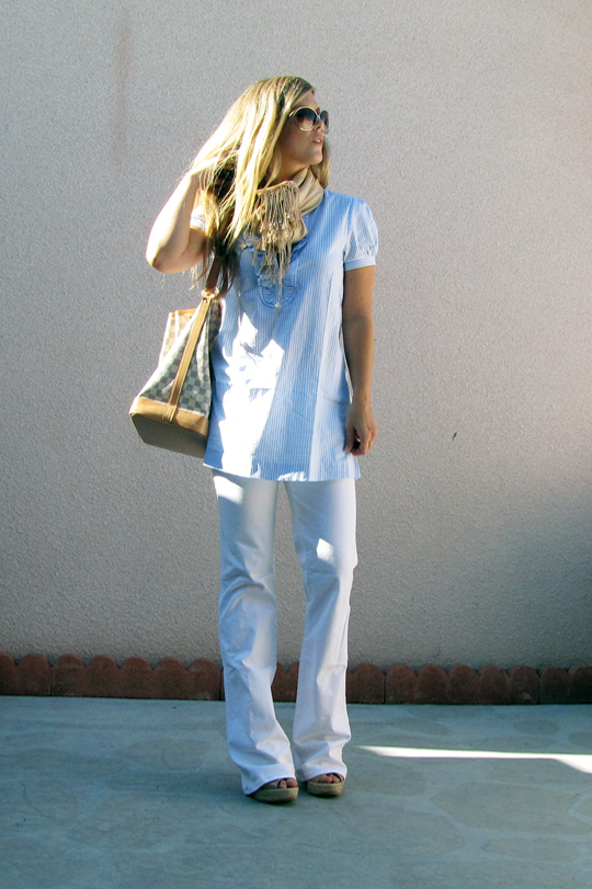 striped-ruffle-tunic-white-jeans
