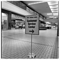 SCRTD - Del Amo Customer Service Center RTD_11...