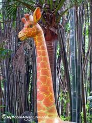 IMG_1541-WDW-DAK-giraffe-statue-upright