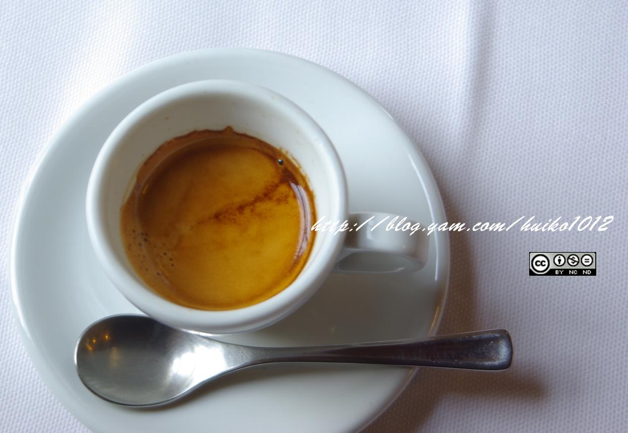 在古蹟啜咖啡----堡壘咖啡(圖檔已修復)