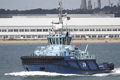 VORTEX (John Ambler) Tags: sea vortex water sign call solent tug southampton imo mmsi 2cvs9 9525508 235076195