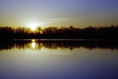 Sunset (Yankee in Texas) Tags: park sunset sky color reflection film water canon rebel iso100 evening fuji dusk epson ti reala nightfall canonrebelti colorfilm fujireala100 epsonperfection4490photo georgebushparkandnaturepreserve