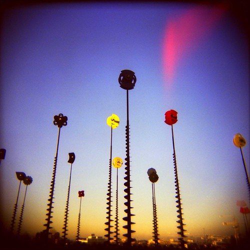 Les signaux lumineux de Takis by chaweemek.