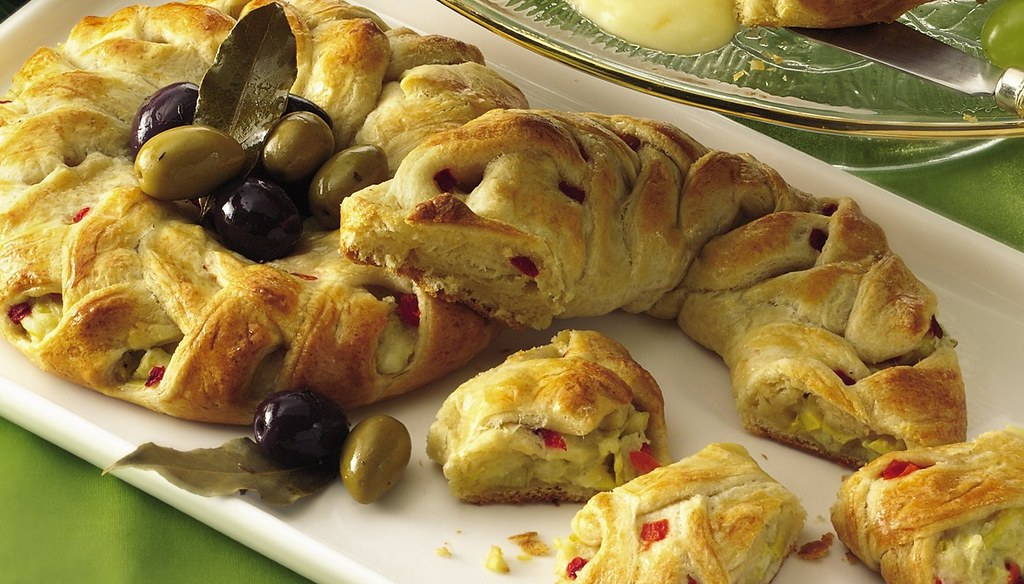 RECIPE: Artichoke-Cheese Braids