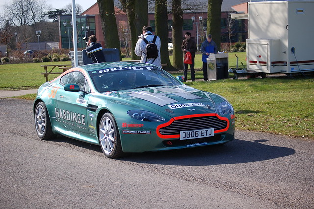 demo raceretro stoneliegh slowlysideways raceretro2009 astonmartinv8vantagerallygt