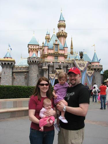 Disneyland 4-09_146
