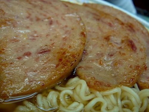 jimwang0813 拍攝的  新釗記公仔麵。