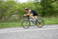 Toe down pedaling style with neutral, quiet ankle. Photo, Kevin Saunders