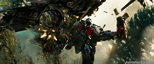 pelea en el bosque Transformers 2