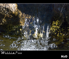 H2O (Willie _) Tags: water agua fuente h2o soria fz fuentecantos