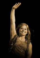 Shawn Johnson (noamgalai) Tags: smile sport happy photo dance dancing champion picture thank photograph gymnastics winner thankful shawn olympics    noamg dancingwiththestars noamgalai   shawnjohnson dwts