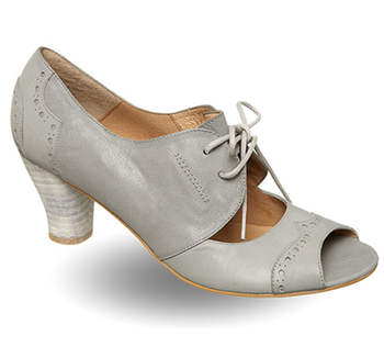 Carni Shoes by Pied a Terre  - Shoe Studio