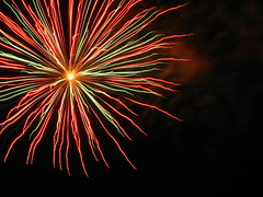 IMG_4151 (Auntie Zooie) Tags: fireworks independence 4thofjuly lawrencekansas