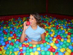 Tu non hai fame? (L.) Tags: parco divertenti giochi lignano palline sabbiadoro