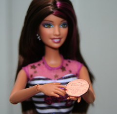 barbiepenny064 (Lisa/Alex's doll) Tags: new one design coin dolls sassy cent barbie e penny lincoln shield 2010 fashionistas unum pluribus