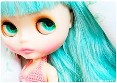 Beautiful girl (Sabrina Eras) Tags: color bigeyes mimi garota blythe boneca acqua bluehair msr chocolat hobbie plasticdoll misssallyrice
