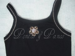 Camiseta- Detalhe das costas (Pontos & Panos - Liz Azevedo) Tags: artesanato camiseta regata bordados camisetas oncinha paets camisetacustomizada camisetascustomizadas
