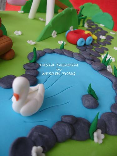 DSC08094ENAZ'S PLAYGRAUND CAKE