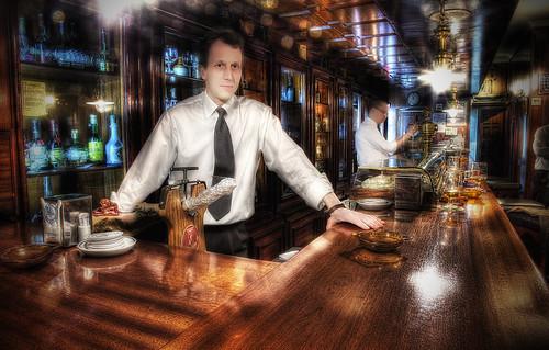 Yacht club 2 Bartender
