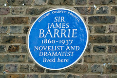 Photo of James M. Barrie blue plaque