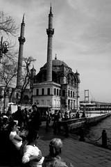 (nilgun erzik) Tags: istanbul bahar ortaky fotografkraathanesi fotografca pazarsabah biyerlerde nisan2009 kahvezaman
