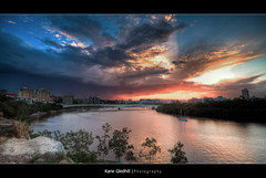 Before the rain. ([ Kane ]) Tags: city sky sun tree green water grass rain clouds golden australia brisbane explore qld queensland kane hdr refelctions kangaroopoint gledhill kanegledhill vosplusbellesphotos kanegledhillphotography
